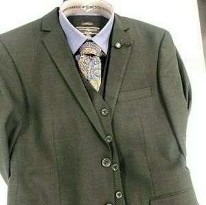 Other - Forest green three piece suit